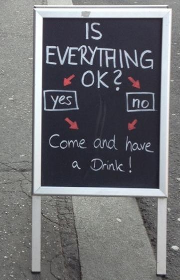 Pizarras para bares atrae a los clientes con unas risas - Pizarras de bar ...