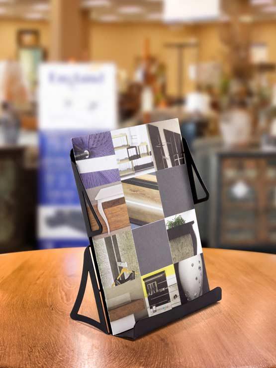 Porta folletos metálico desmontable 2019